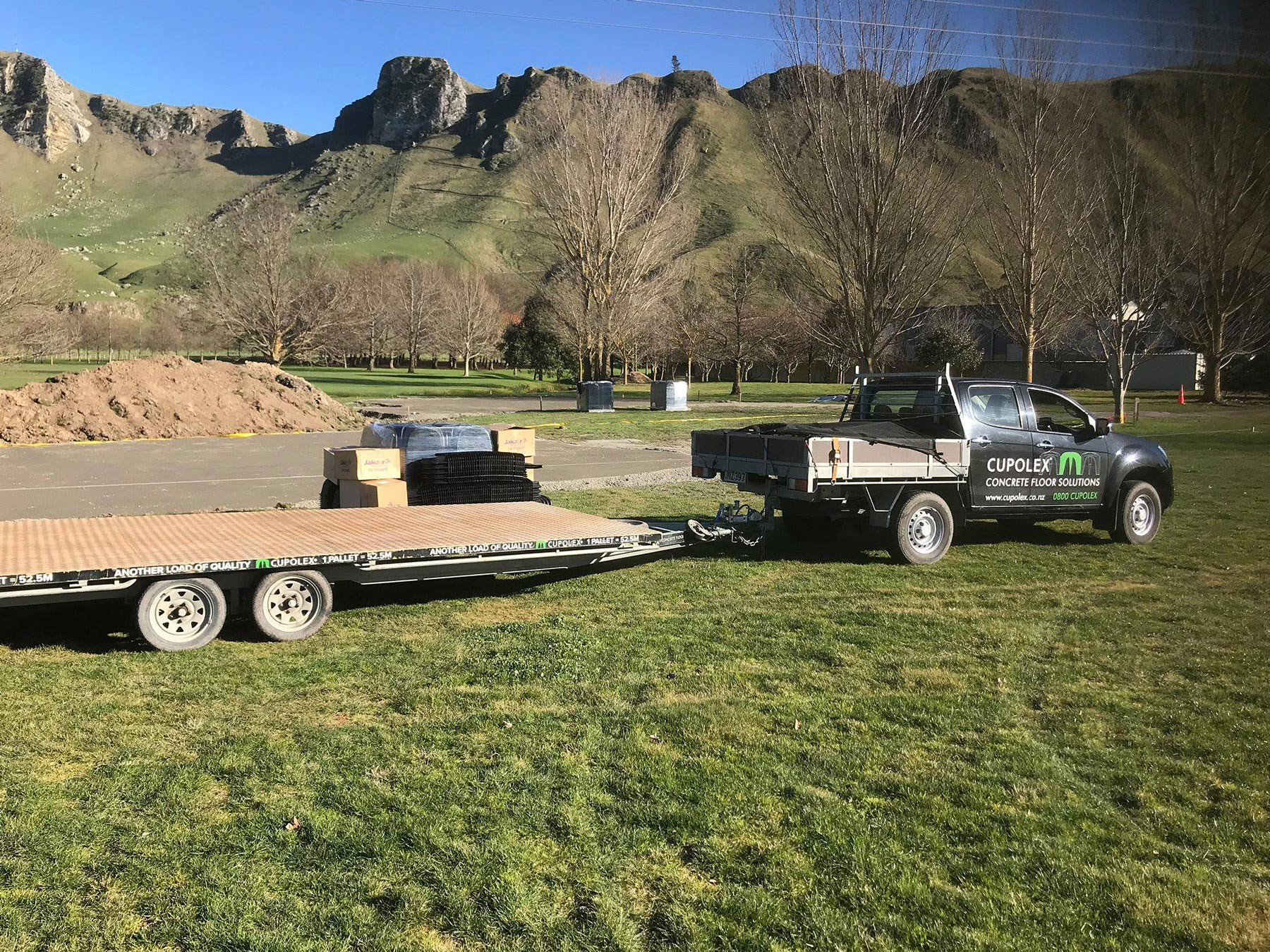 cupolex ute and trailer behind te mata peak